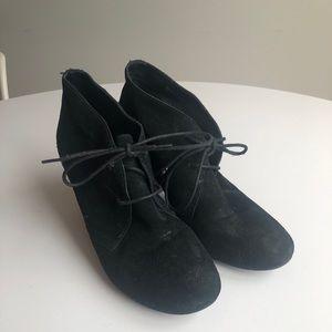 Also black bootie